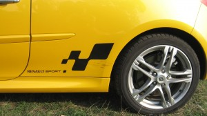 renault_clio_rs_200-3