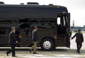 Когато президентът се вози на автобус