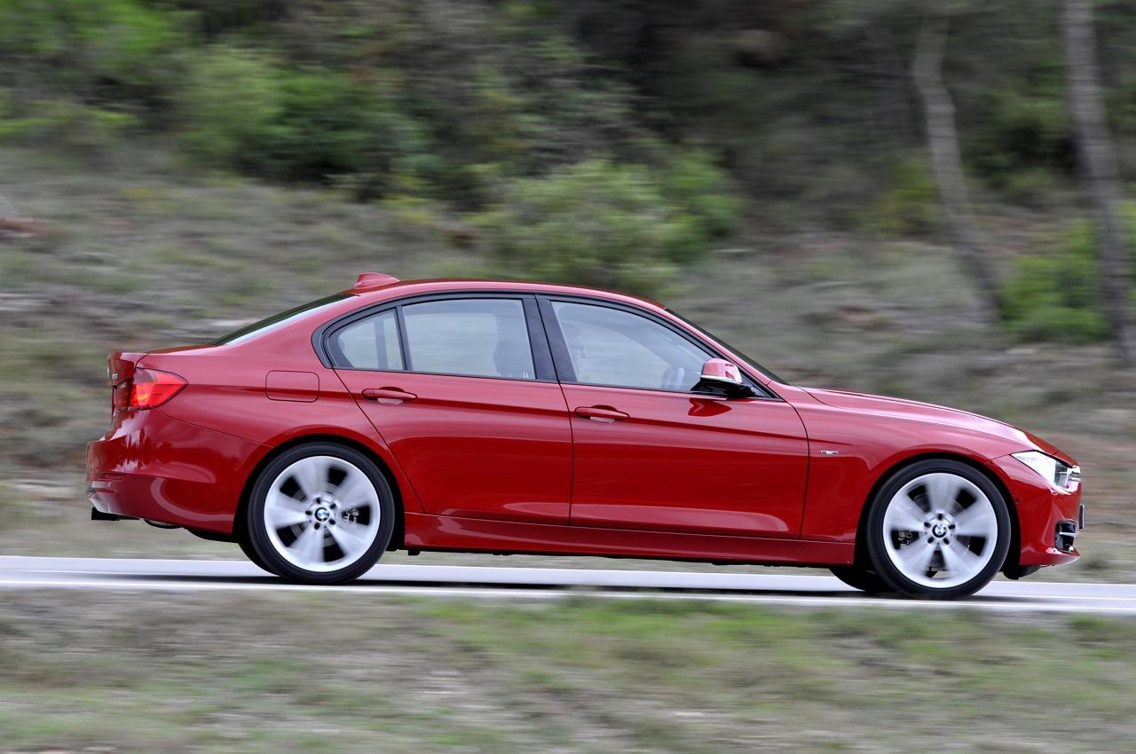 BMW 3 серия е българската Кола на годината за 2013 г. Упс!