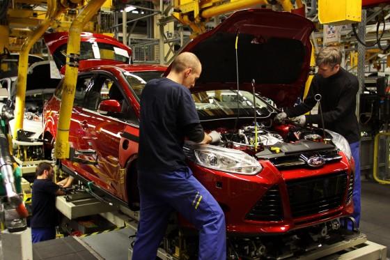 Ford се похвалиха с печалба от $8,8 млрд., работници получават по $8,8 хил. бонус