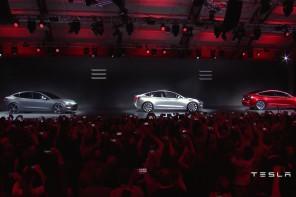 Tesla Model 3: Много шум за нищо или следващото голямо нещо?