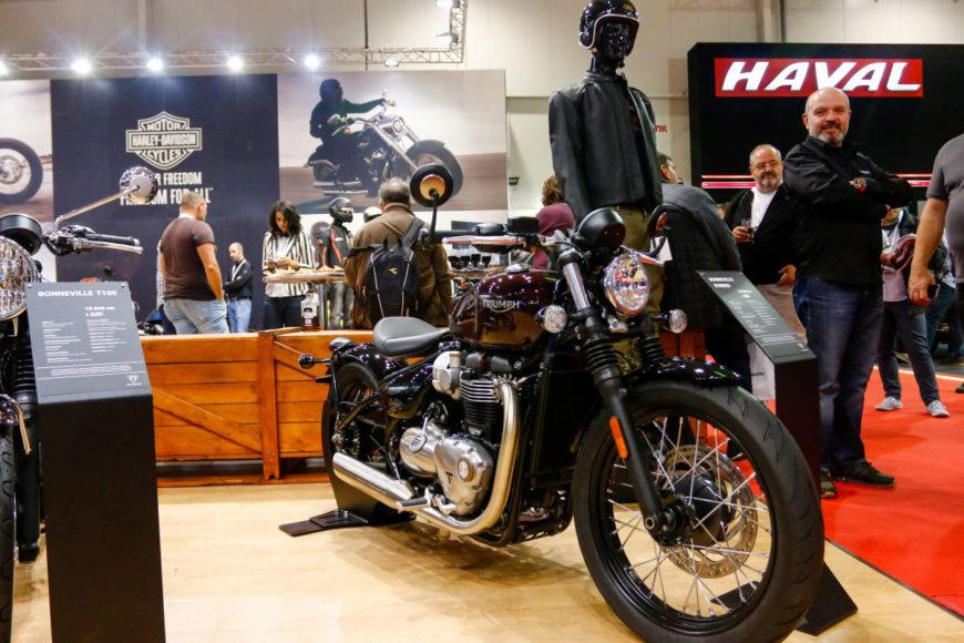 Harley,-Triumph_4