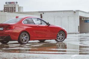 BMW M240i xDrive: Единствено от своя вид