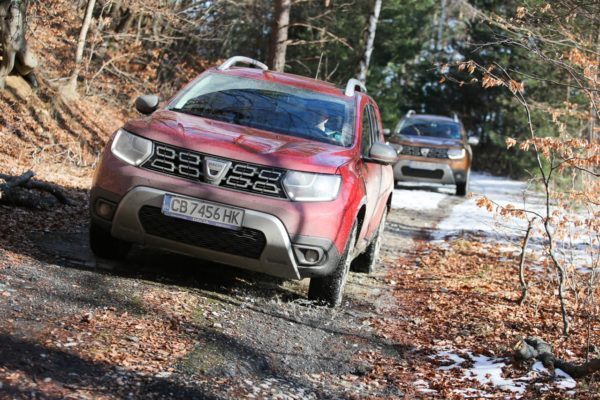 dacia duster red line